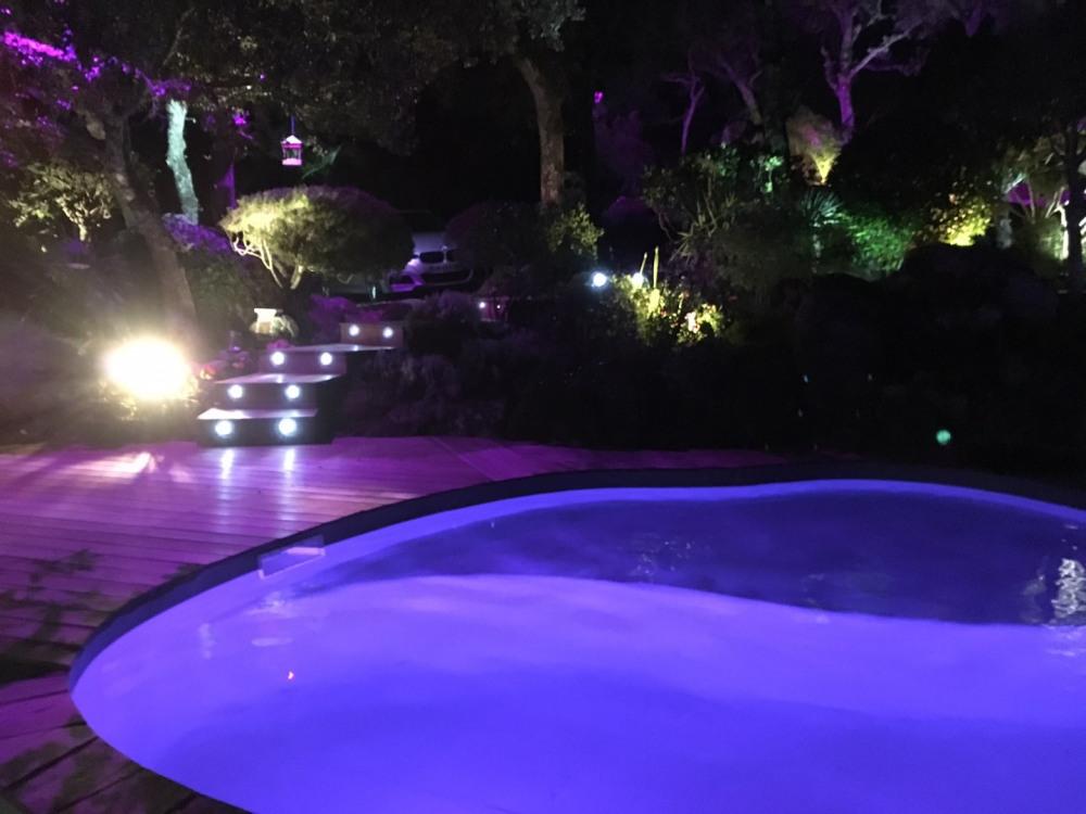 piscine de nuit