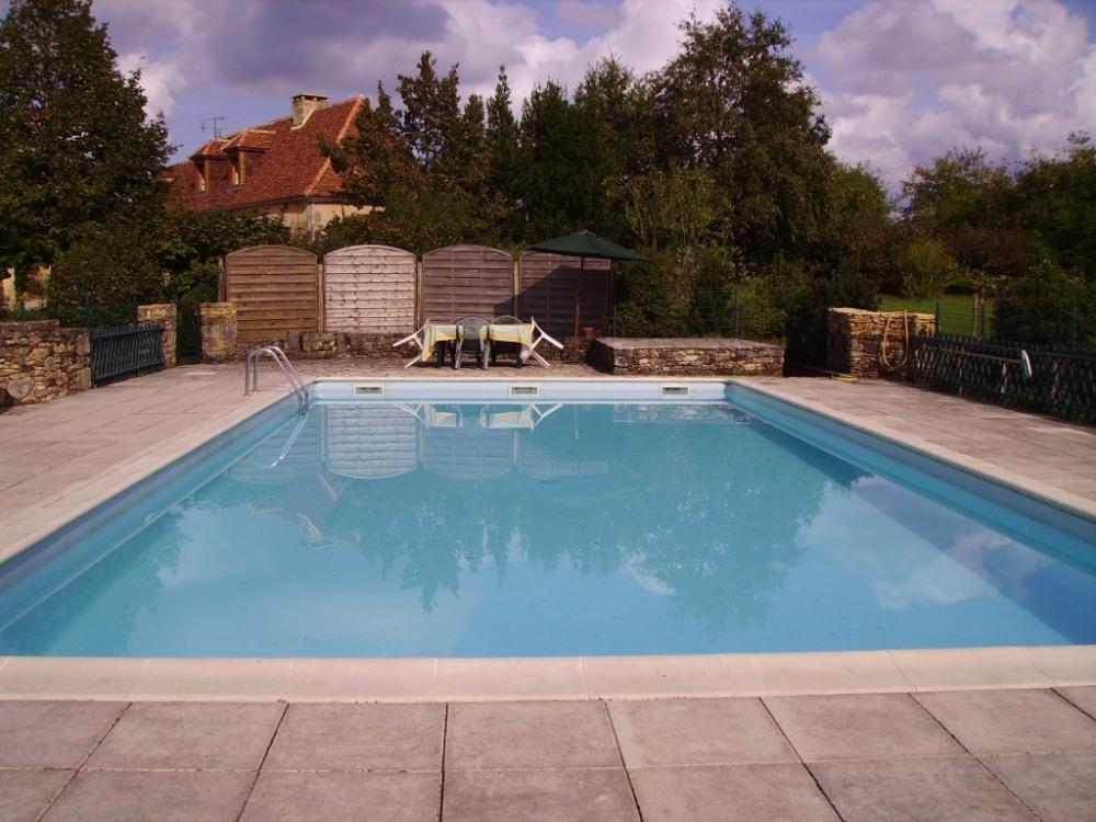 piscine sans l'abri