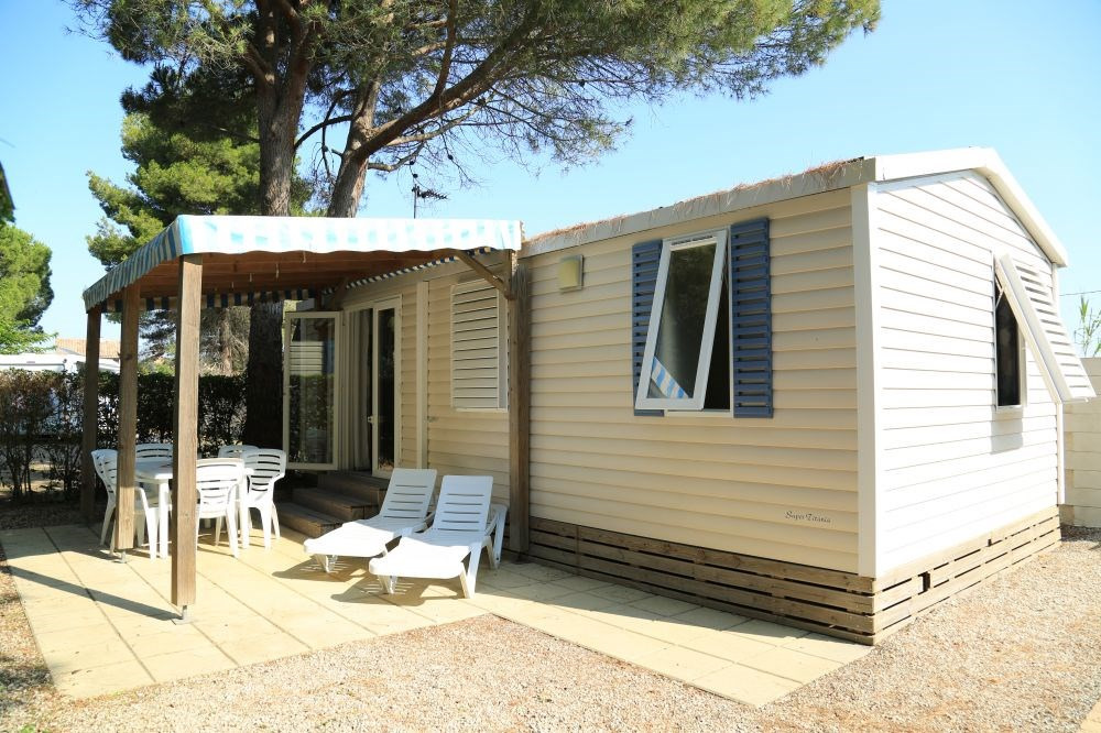 Mobil-home 4/6 personnes 2 chambres 29m² - Un camping familial**** à 1km400 m de la mer du Cap d'Agde et du Grau d'Ag...