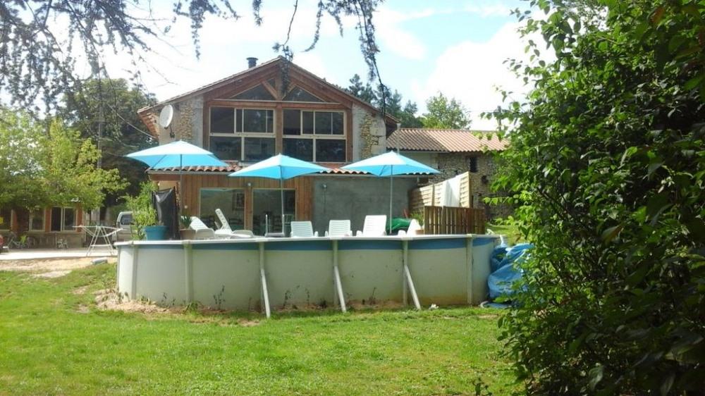 Location vacances Saint-Astier -  Maison - 6 personnes - Barbecue - Photo N° 1
