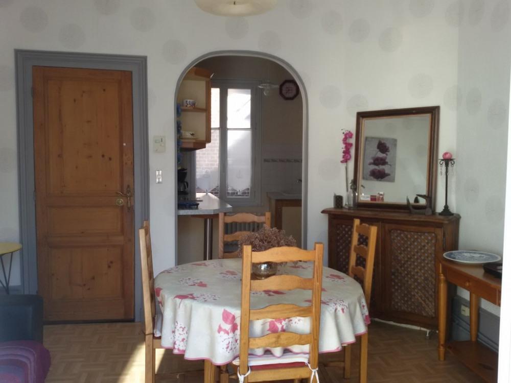 1er étage/salle à manger/cuisine