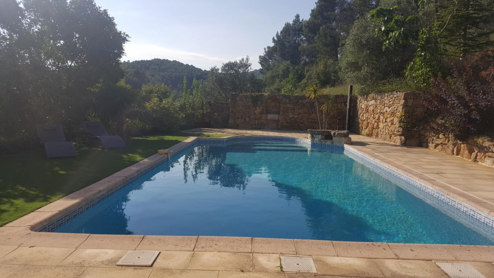 Location vacances Flayosc -  Appartement - 5 personnes - Barbecue - Photo N° 1