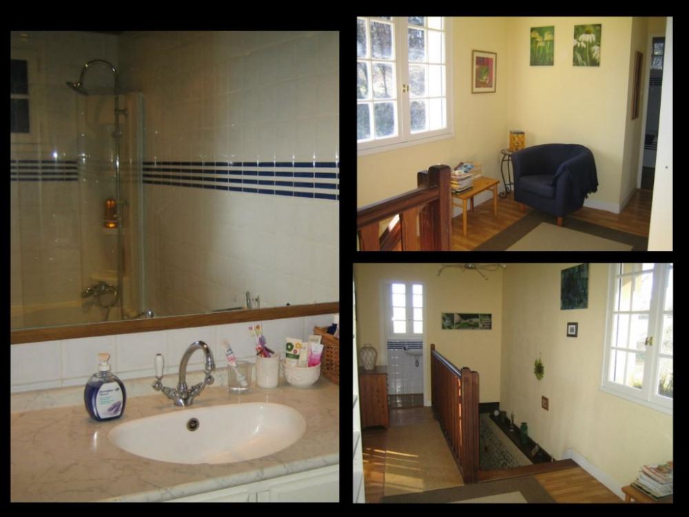 palier 1er étage et salle de bains