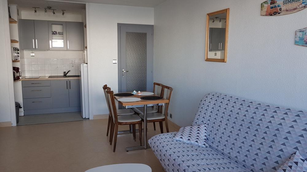 Location vacances Saint-Hilaire-de-Riez -  Appartement - 4 personnes - Chaise longue - Photo N° 1