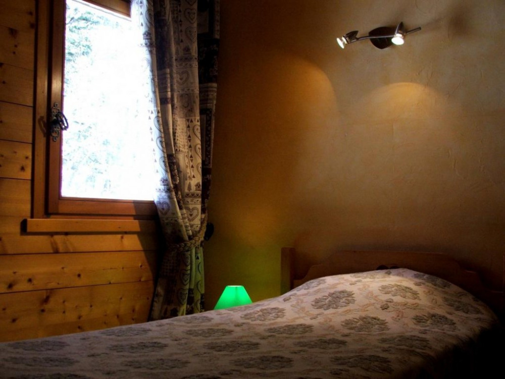 chambre nord ouest (lit90x190)