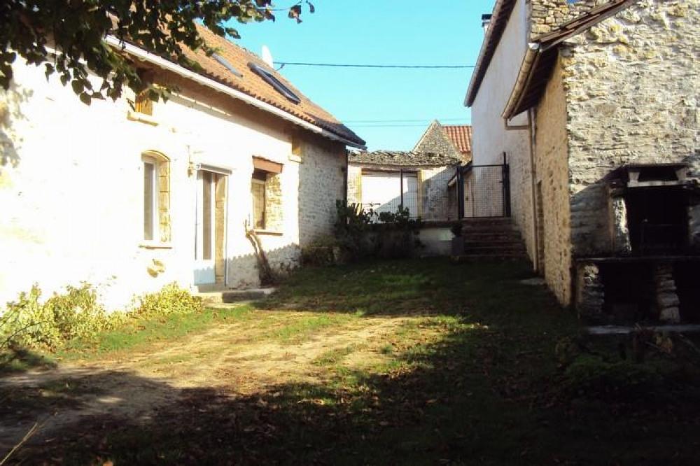 Detached House à LA CHAPELLE AUBAREIL