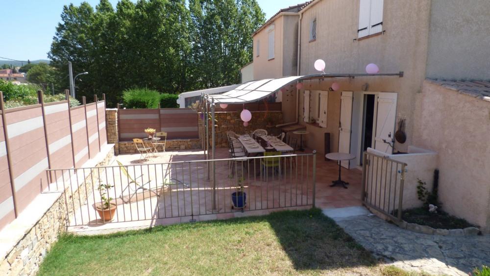Location vacances Le Beausset -  Maison - 6 personnes - Télévision - Photo N° 1