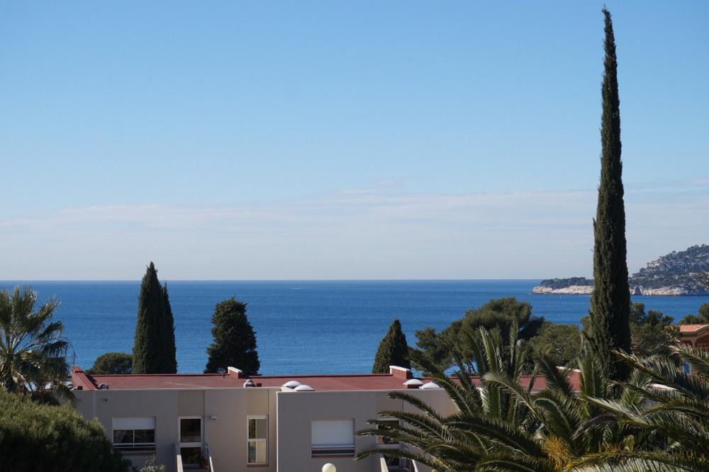 La vue sur la baie de Cassis de la terrasse, le matin.