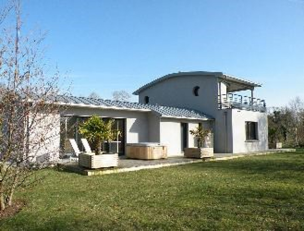 Villa à TREFLEZ