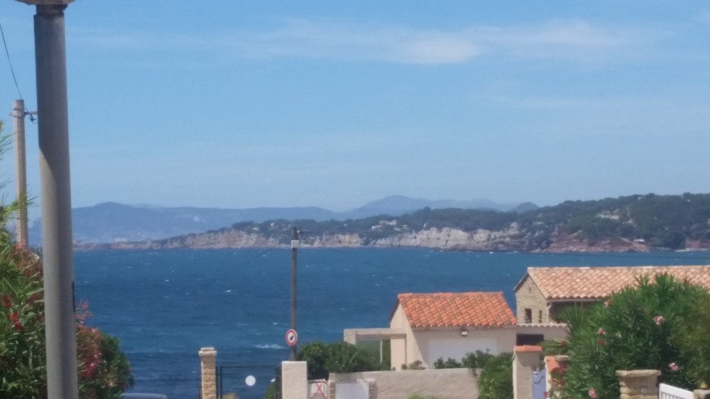 Location vacances Six-Fours-les-Plages -  Appartement - 5 personnes - Barbecue - Photo N° 1