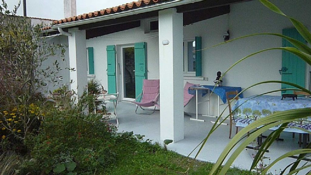 Maison verte et intime Ile d'Oleron, convivialité et détente assurées...