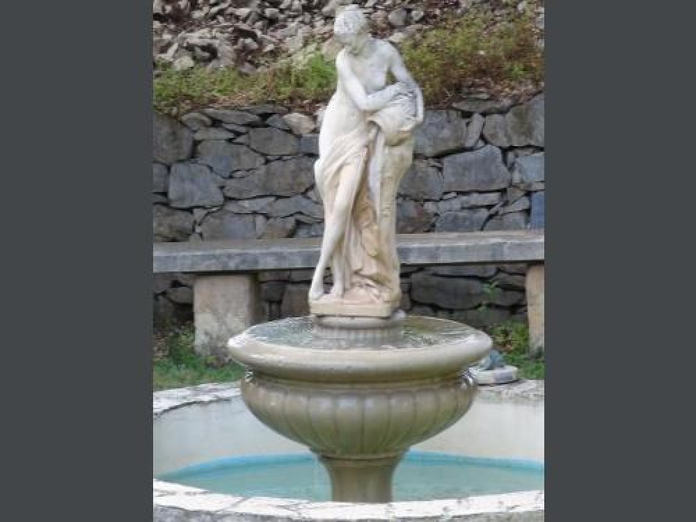 Fontaine pour le clapotie de l'eau