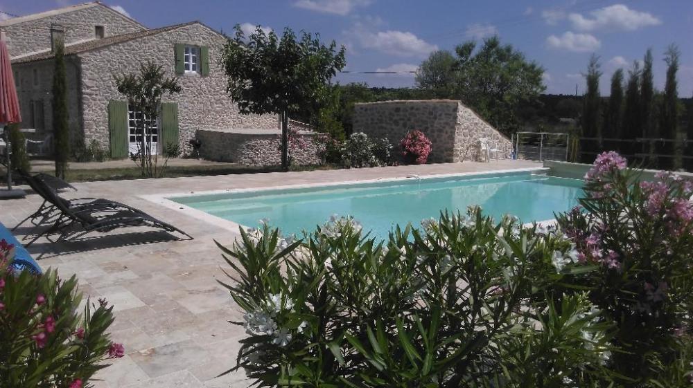 Maison et terrasses ouest et nord &  piscine privé
