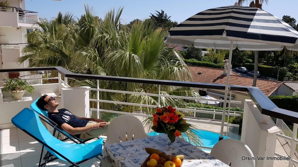 Holiday rentals Saint-Raphaël - Apartment - 4 persons - Garden furniture - Photo N° 1