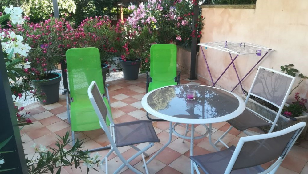 Location vacances Lioux -  Maison - 4 personnes - Barbecue - Photo N° 1