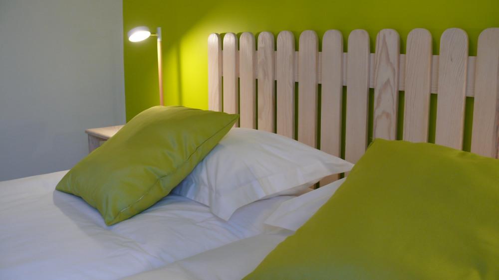 Chambre printemps: 2 lits en 90x 200, climatisation, salle d'eau dans la chambre