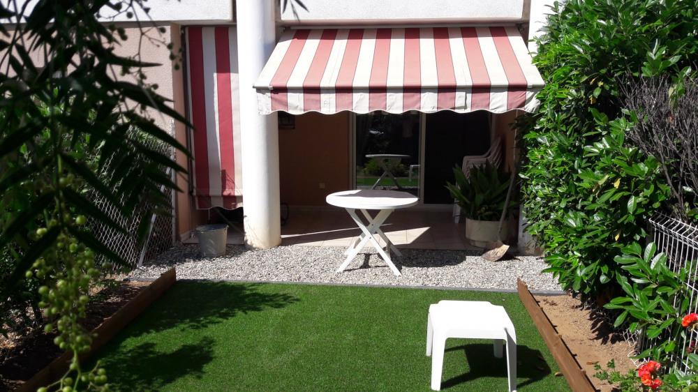 Holiday rentals La Seyne-sur-Mer - Apartment - 3 persons - Garden - Photo N° 1