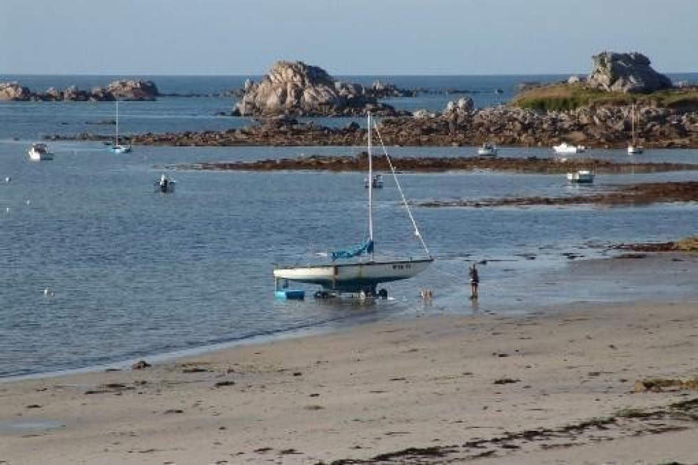 plage du Theven (accès direct)