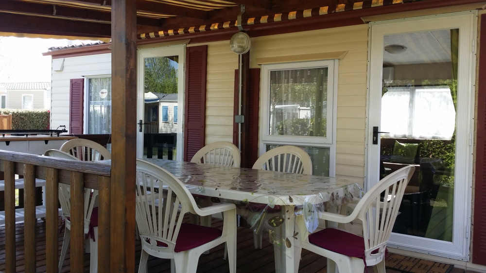 Mobil Home 3 chambres - village vacances 4 étoiles