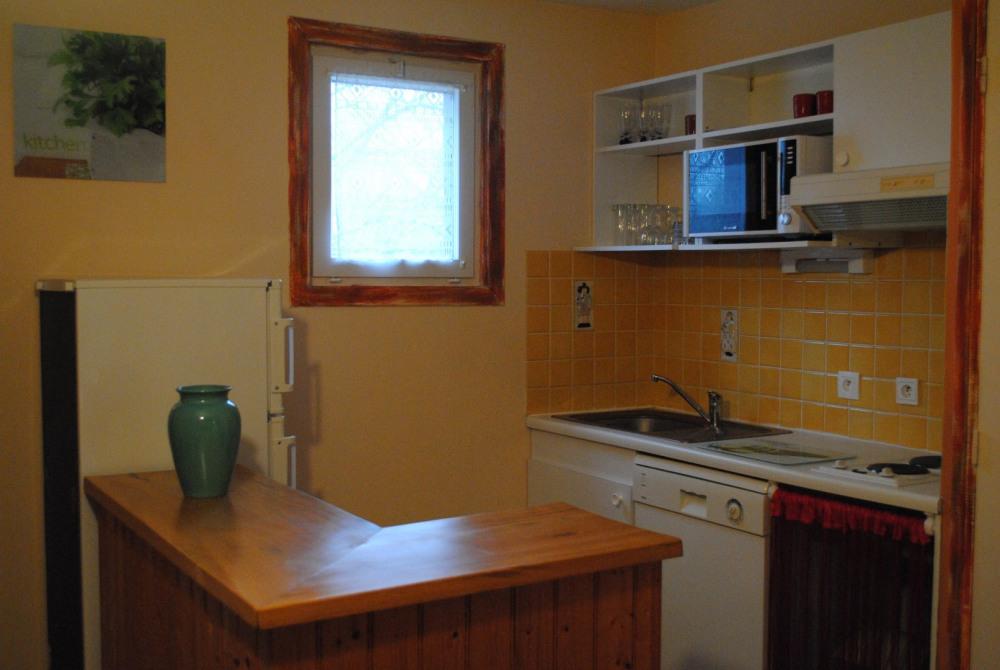 L' espace cuisine entièrement équipée.
