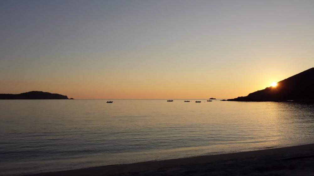Coucher de soleir sur la plage de Chiuni