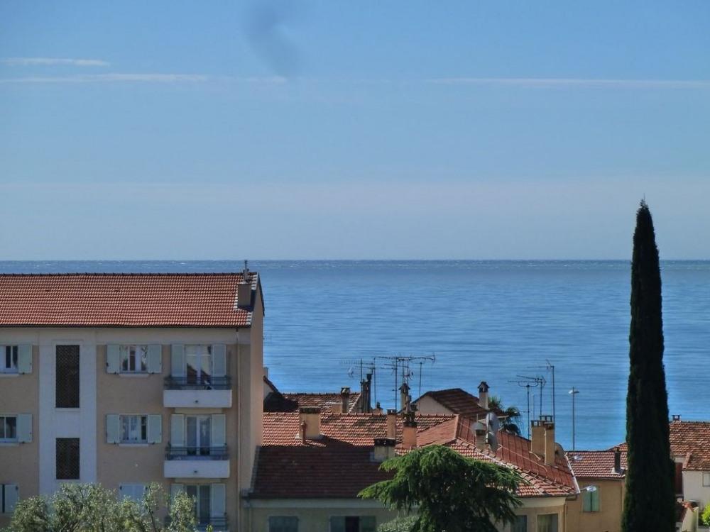 Encore la mer vue de la terrasse