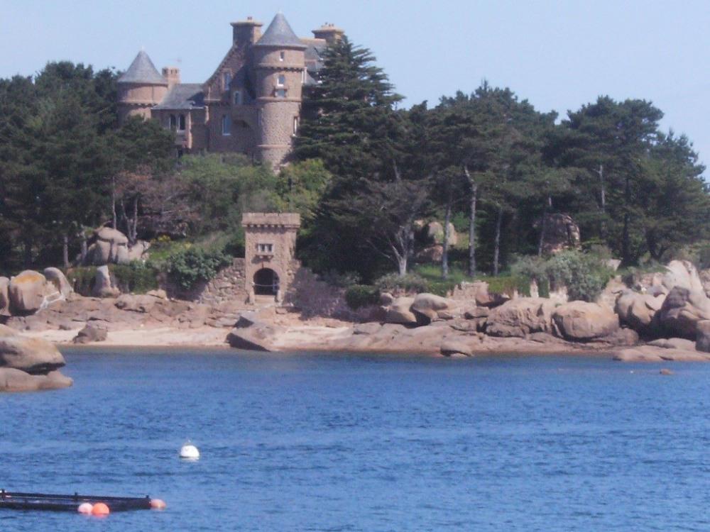 le Château de Coastérès ( Ploumanac'h)