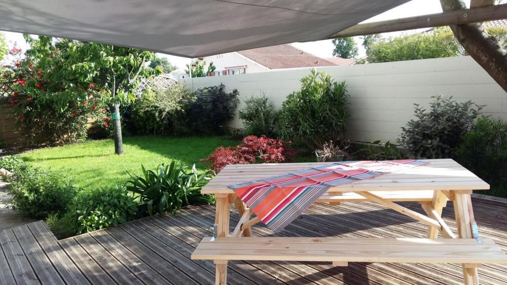 Terrasse extérieure et jardin