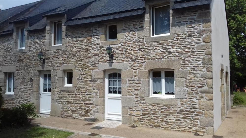 Maison en pierre  pour 10 personne(s)
