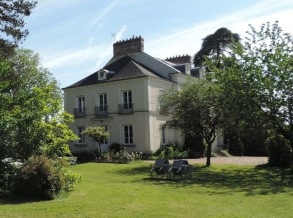 Cèdre et Charme - Maison vue du parc