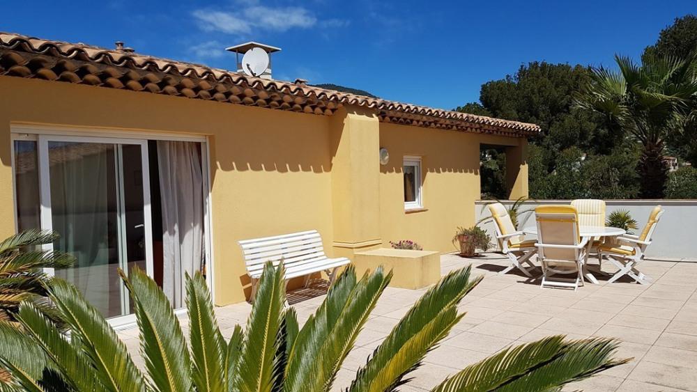 Location vacances Cavalaire-sur-Mer -  Appartement - 8 personnes - Télévision - Photo N° 1