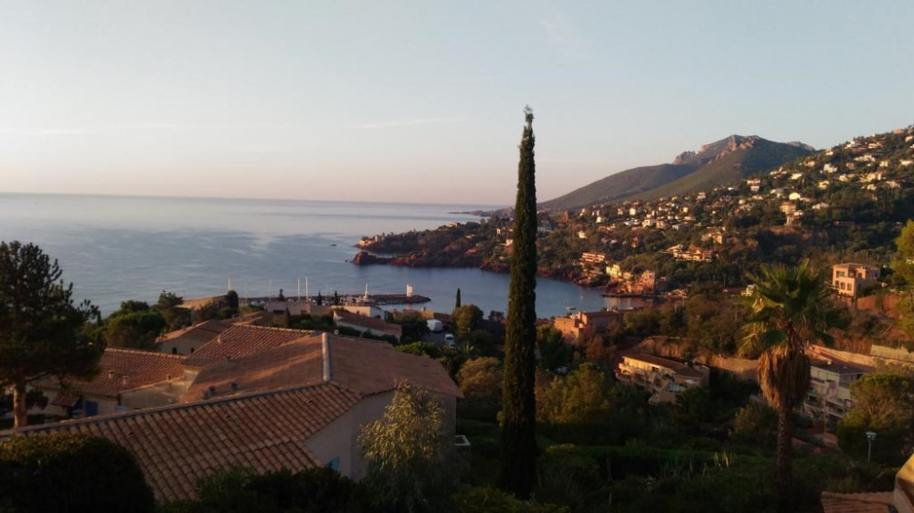 Holiday rentals Théoule-sur-Mer - Apartment - 4 persons - Hifi - Photo N° 1
