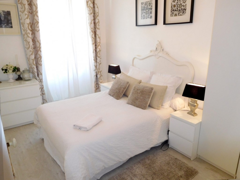 Cannes chambre chic hotel style