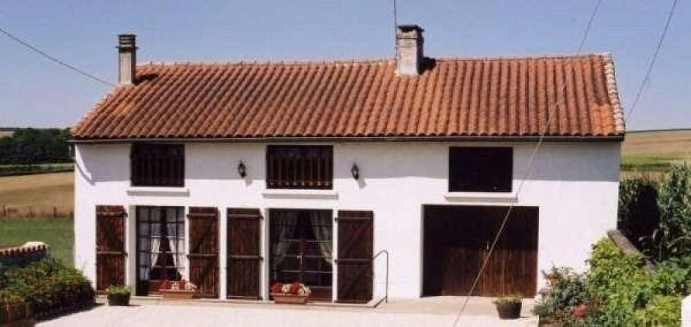 Detached House à CHARME