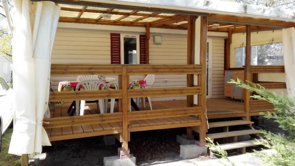 mobil home avec terrasse