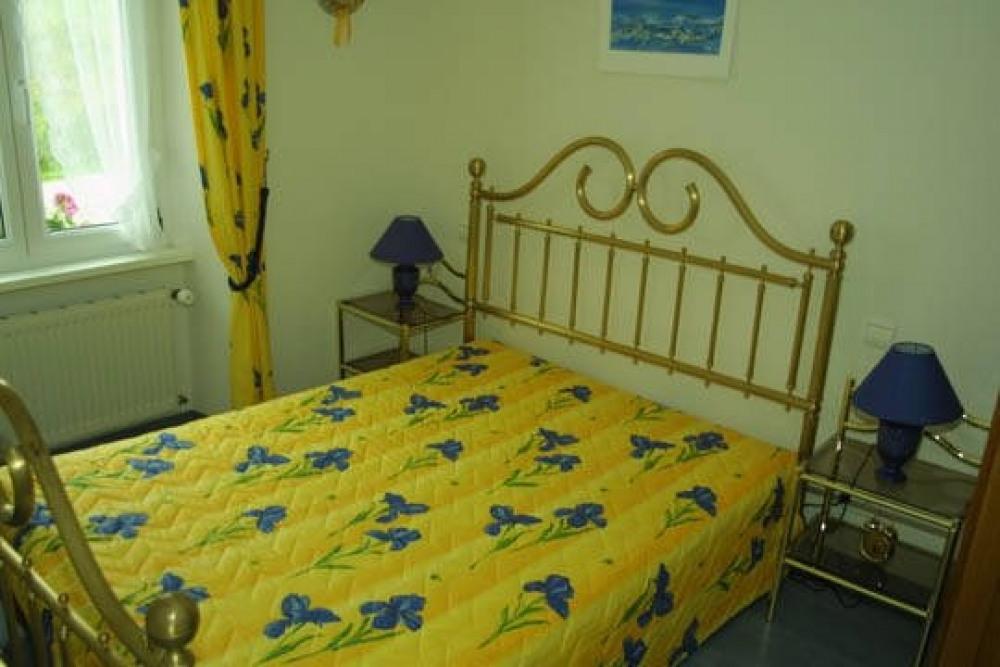 chambre à coucher (lit de 1.40m)