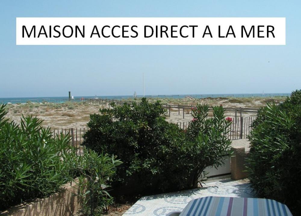 Maison FRONT DE MER, ACCES DIRECT sur PLAGE et MER + PISCINE dans la résidence + PARKING