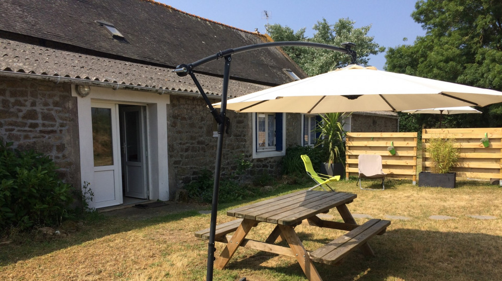 Location vacances Plouhinec -  Gite - 5 personnes - Barbecue - Photo N° 1