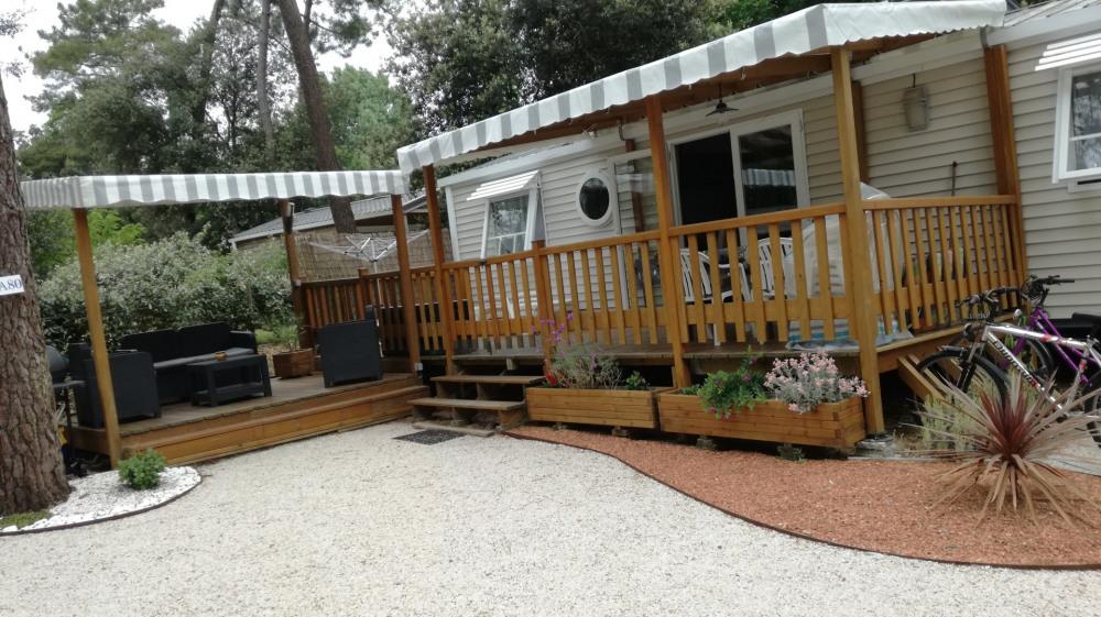 Mobil-home dans camping pour 6 personne(s)