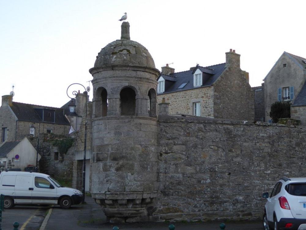 la tourelle Marie Stuart sur le port