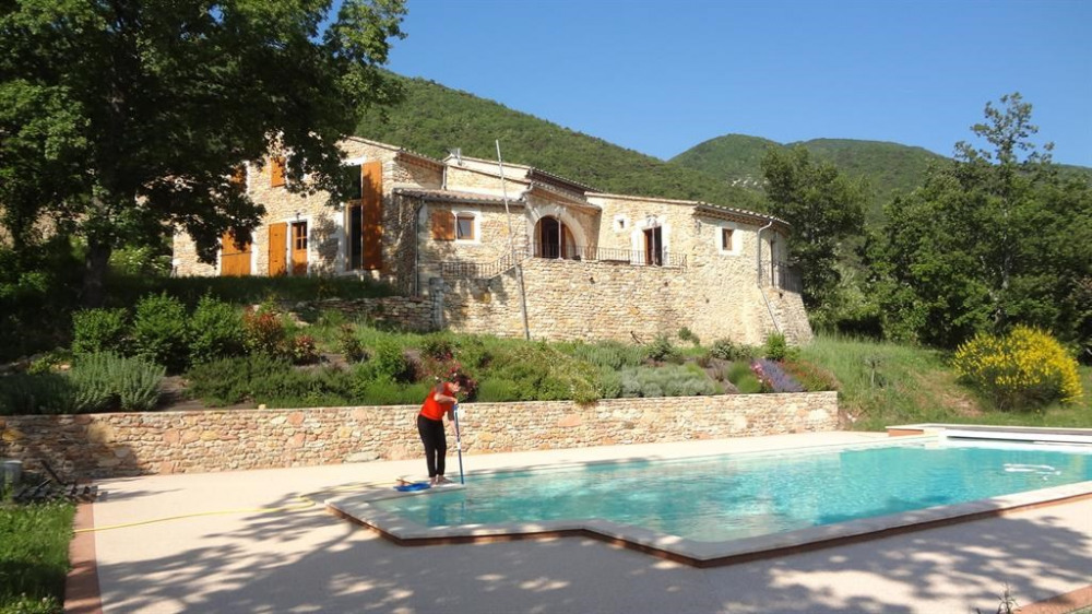 Holiday rentals Dieulefit - Apartment - 4 persons - BBQ - Photo N° 1