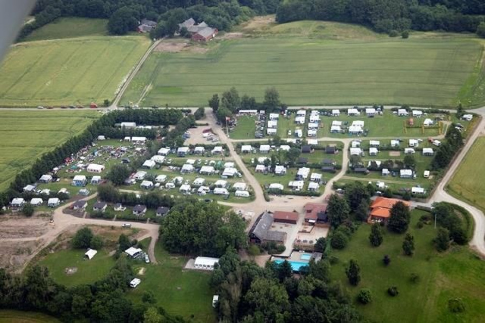 Camping Løgballe, 144 emplacements, 11 locatifs