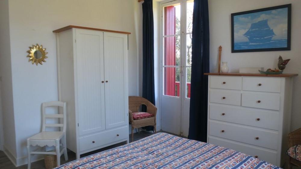 """La chambre """"parents"""" avec petit balcon"""