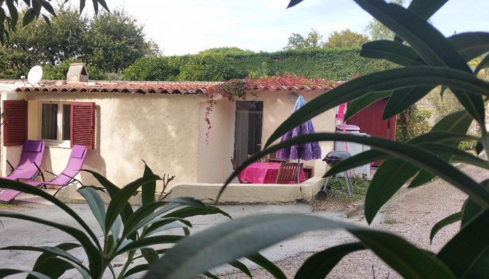 Location vacances Grimaud -  Maison - 3 personnes - Barbecue - Photo N° 1