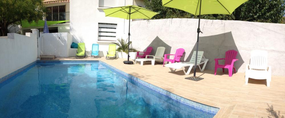 Maison Nîmes piscine privée proche commodités