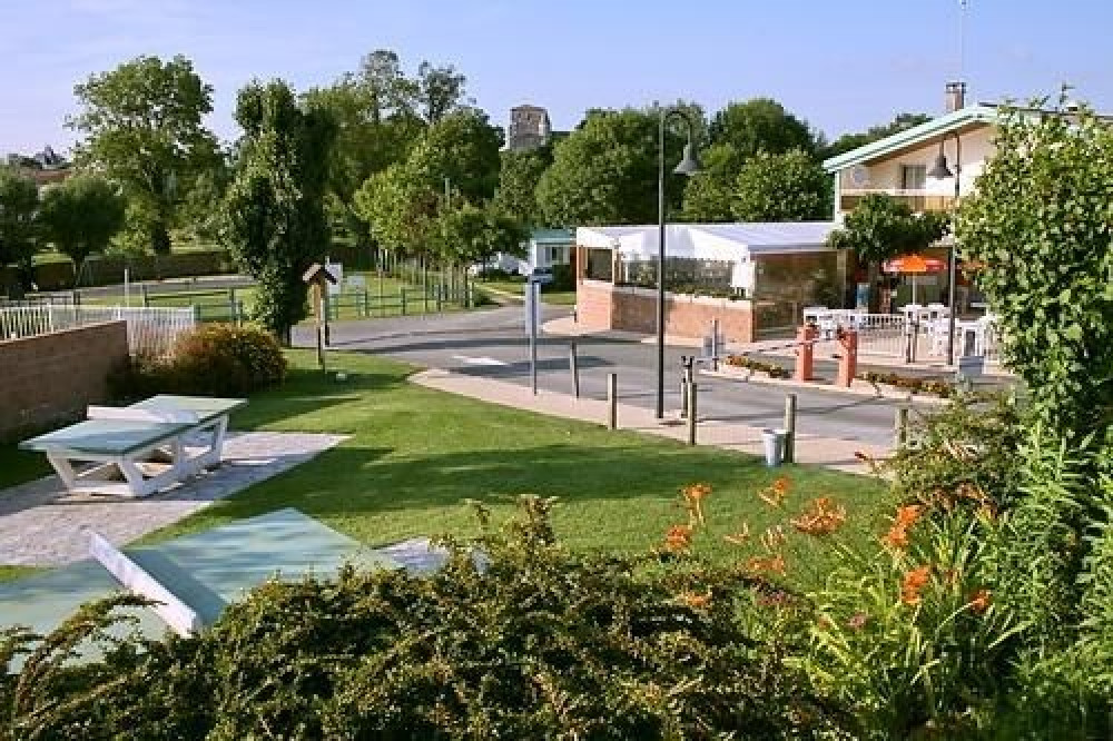 Camping LE VAL VERT, 181 emplacements, 70 locatifs