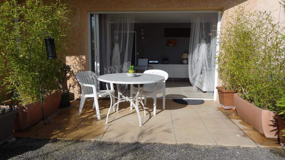 Location vacances Manosque -  Appartement - 4 personnes - Chaise longue - Photo N° 1