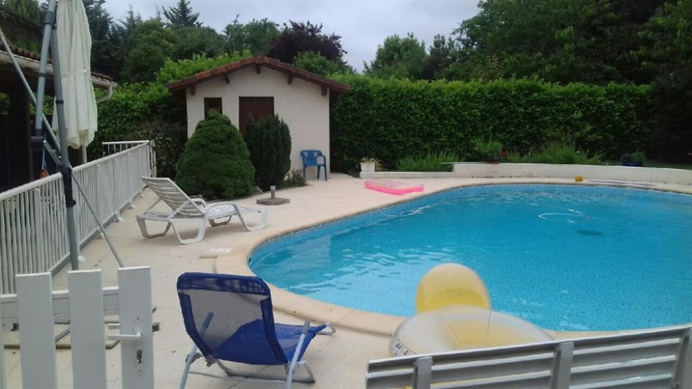 Location vacances Foulayronnes -  Maison - 8 personnes - Barbecue - Photo N° 1