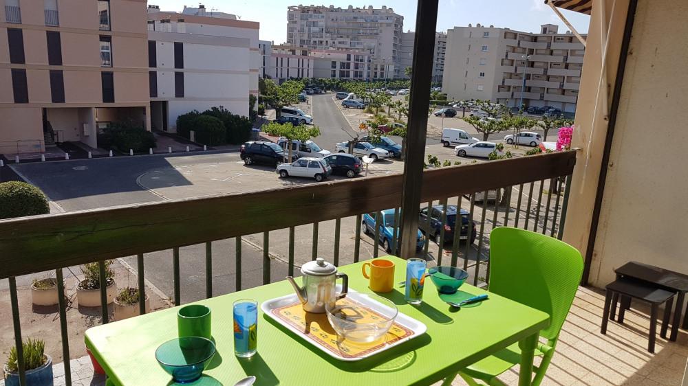 Location vacances Saint-Cyprien -  Appartement - 3 personnes - Salon de jardin - Photo N° 1