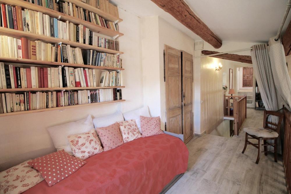 Mezzanine bibliothèque et couchage 2 personnes